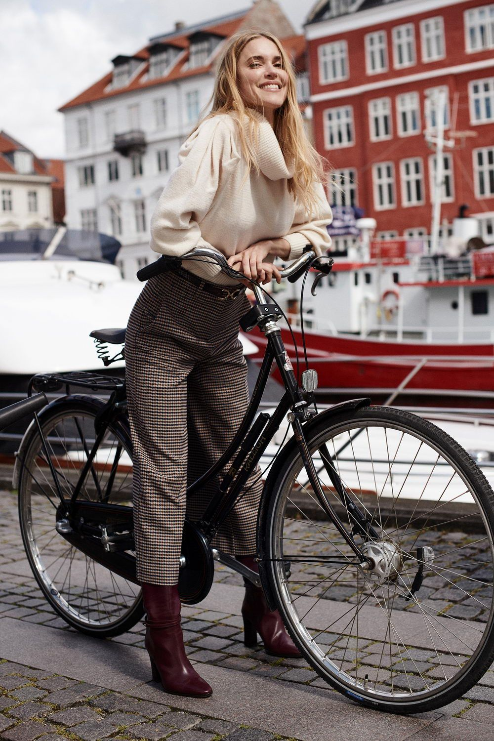 190705_Shot01_pernille_canal_streets_0874_resize