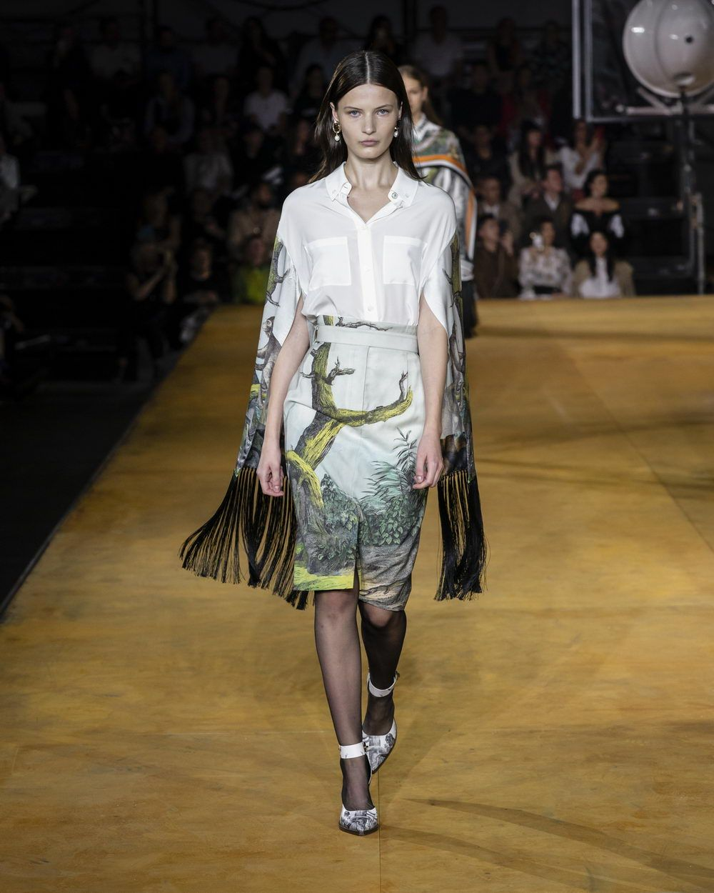 Burberry Spring_Summer 2020 Collection - Look 14_resize