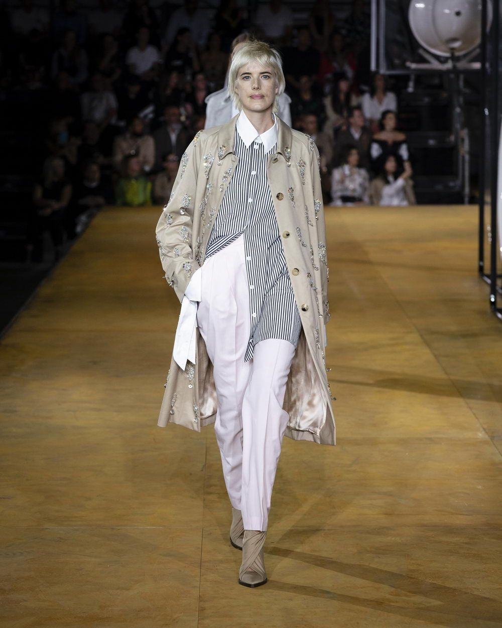 Burberry Spring_Summer 2020 Collection - Look 19_resize