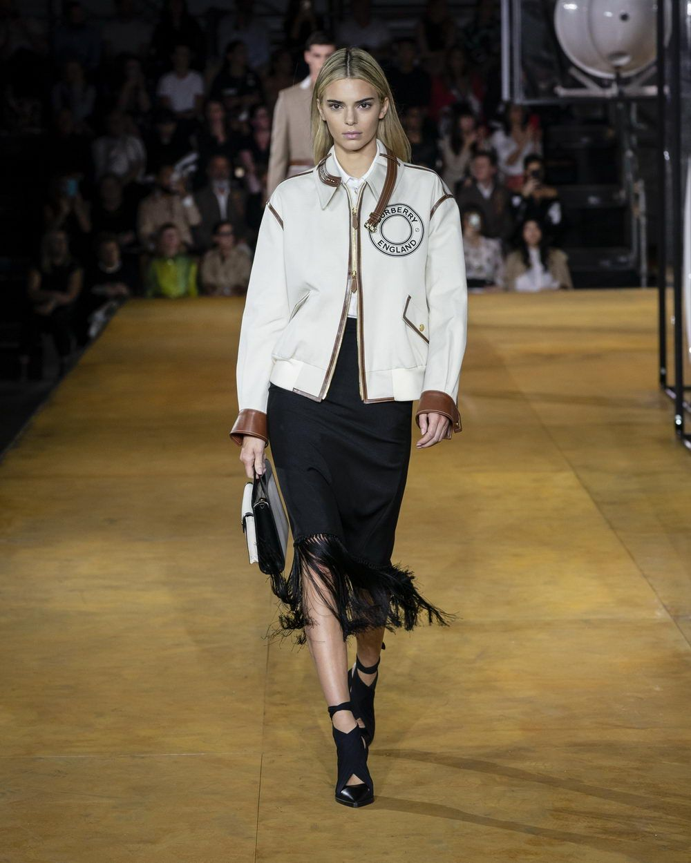 Burberry Spring_Summer 2020 Collection - Look 3_resize