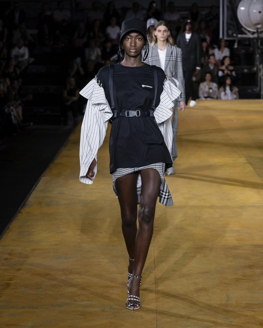 Burberry Spring_Summer 2020 Collection - Look 78_resize