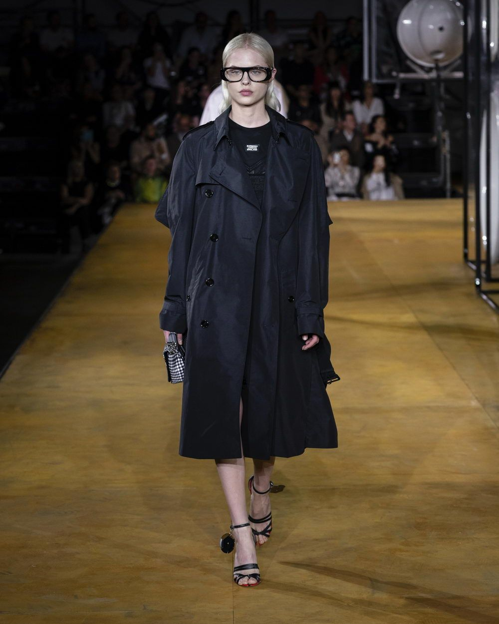 Burberry Spring_Summer 2020 Collection - Look 85_resize