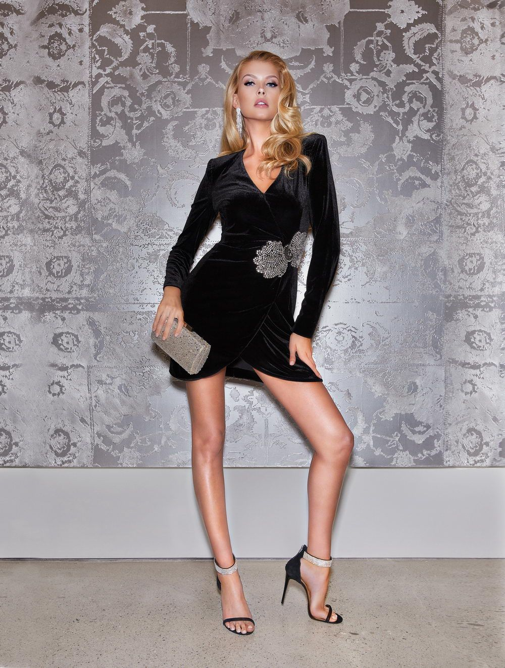 MARCIANO LOS ANGELES HOLIDAY FW18_W14_resize