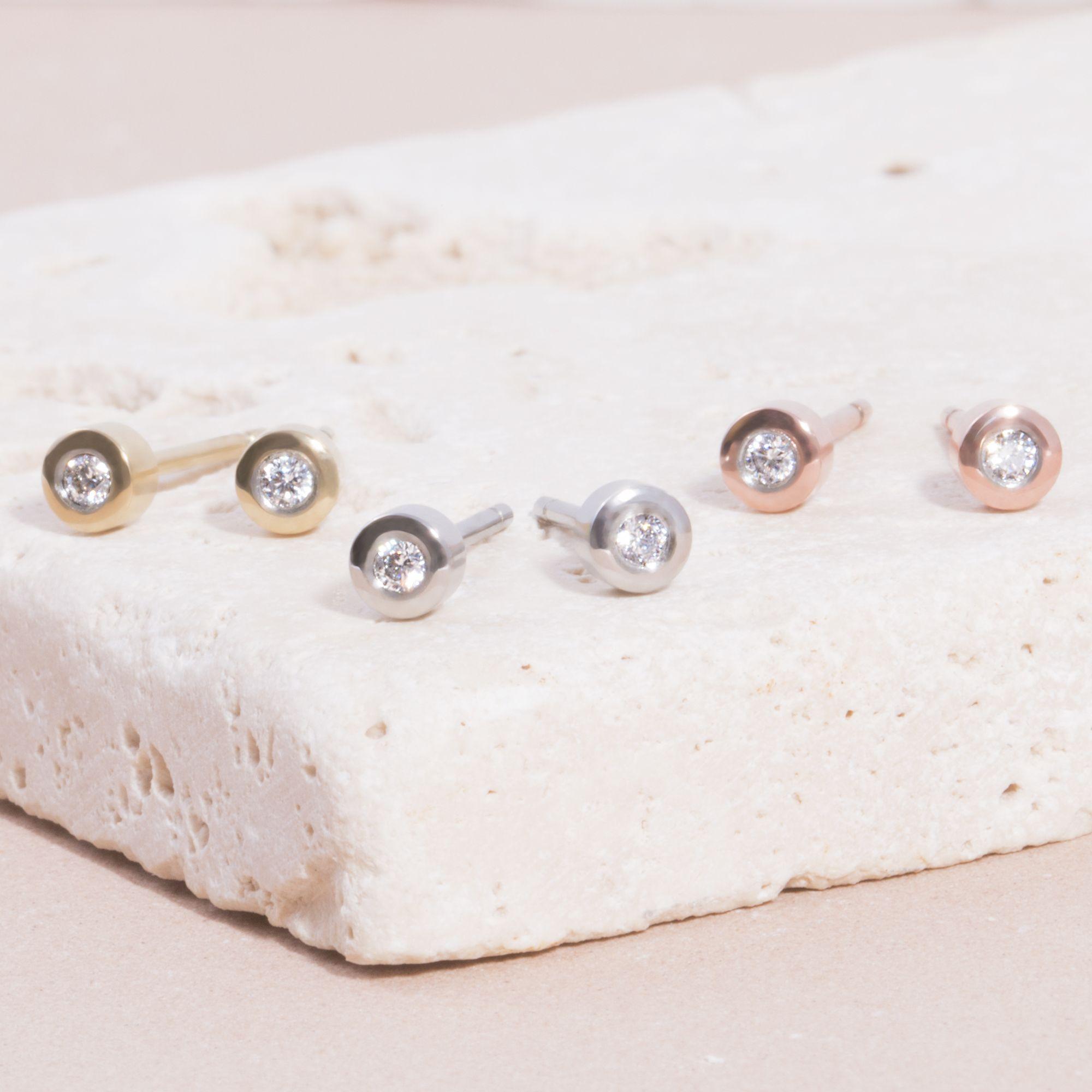 Mia Jewelry_Brincos Round Stone 3mm em aço, dourado e rose gold_PVP 24€