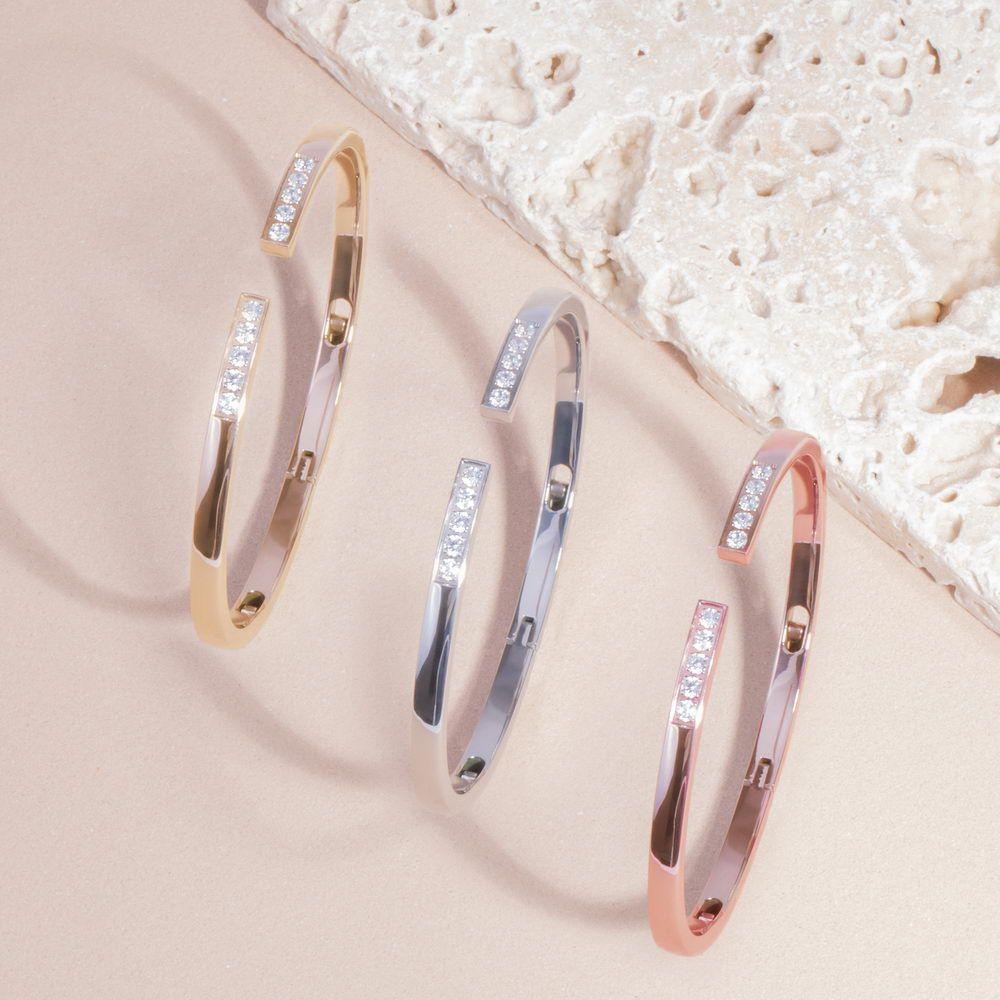 Mia Jewelry_Pulseira Open com zircónias cúbicas em aço_PVP 46€, dourado e rose gold_ PVP 48€_resize