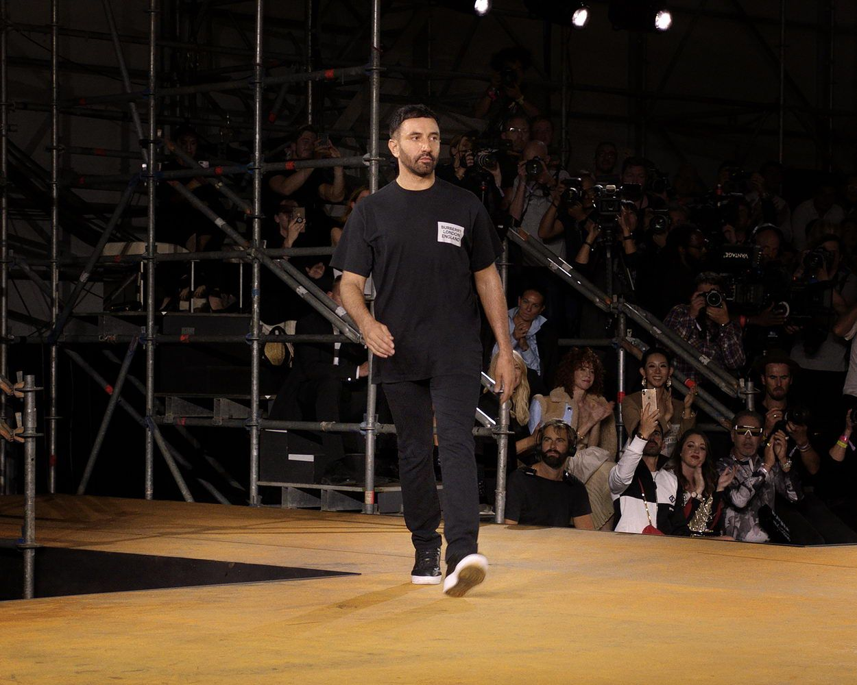 Riccardo Tisci at the Burberry Spring _ Summer 2020 Show_resize