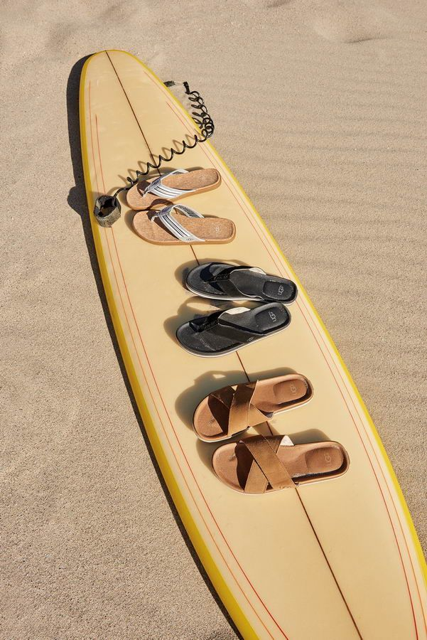 SS18_M_Seaside Flip_SLS_Beach Flip_BLK_Ithan_CHE_V_resize