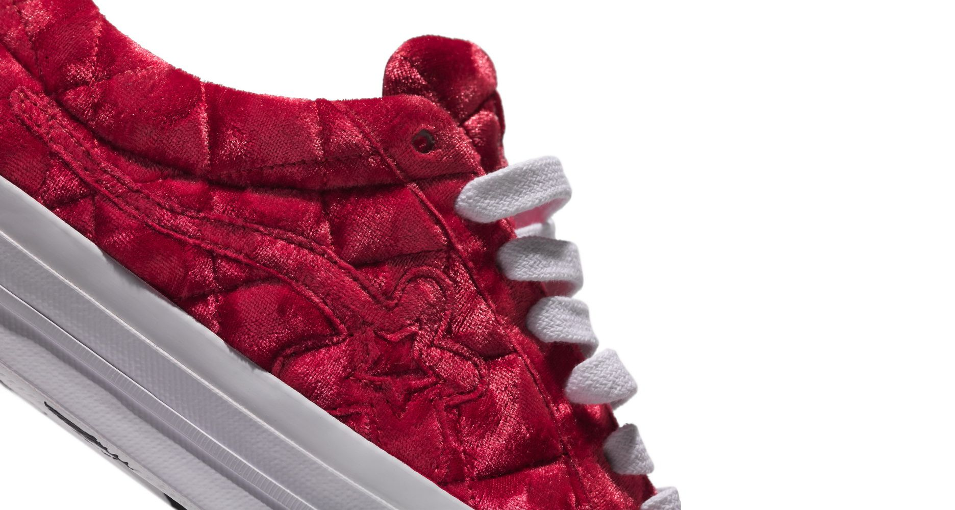 SU19_Golf_Le_Fleur_Quilted_Red_Detail2_resize
