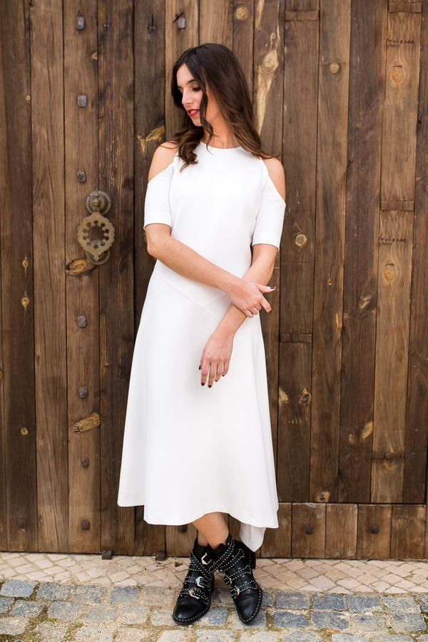 Truffles to Dress_Saturday Love Dress_White dress with cut outs_€99.50_ 1_resize