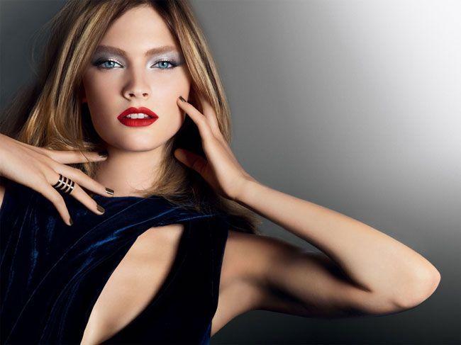 Constance Jablonski - Uma modelo em franca ascensão