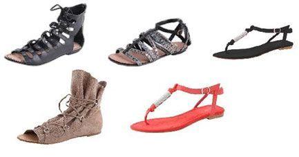 Sandálias rasas também se devem evitar