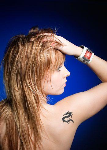 Tatuagem: pessoal e intransmissível - todos os cuidados a ter