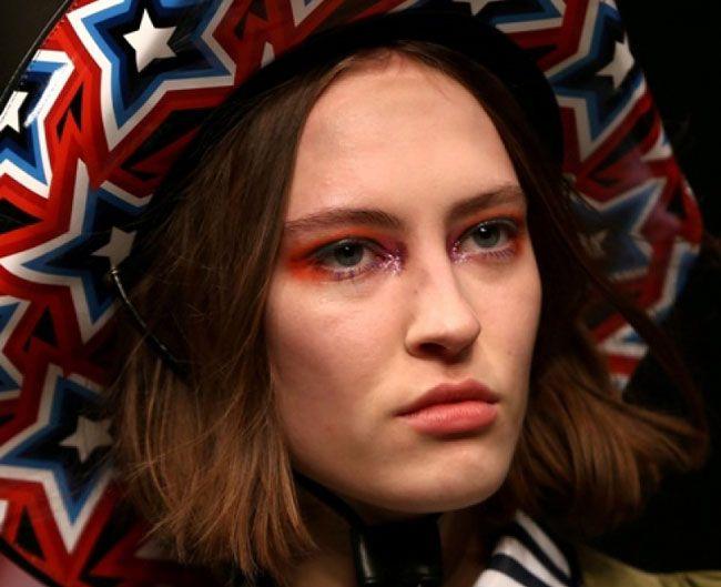 "London Fashion Week : ""No MakeUp"""