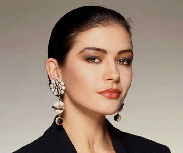Catherine Zeta-Jones já foi considerada o modelo hollywoodiano de beleza