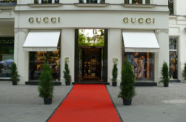 """Gucci e os seus controversos tacões """"com meias"""""""