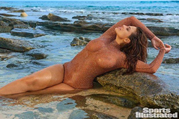 Ashley Graham de novo para Sports Illustrated