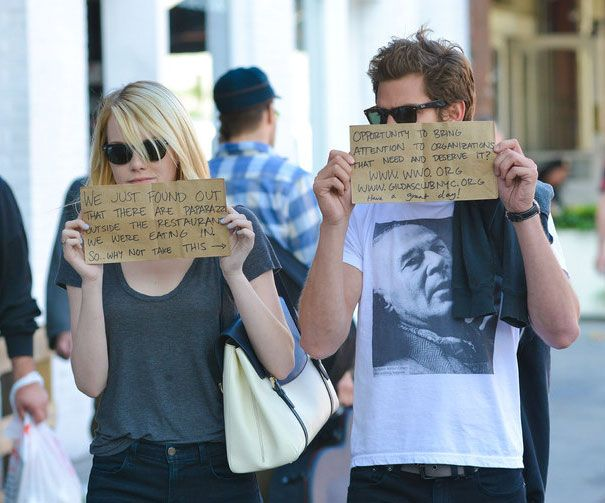 funny-celebrity-reactions-to-paparazzi-9-585cf073da530__605