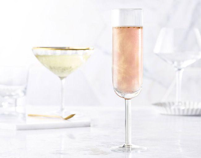"""Champanhe com purpurina em ouro rosado: """"trés chic"""""""