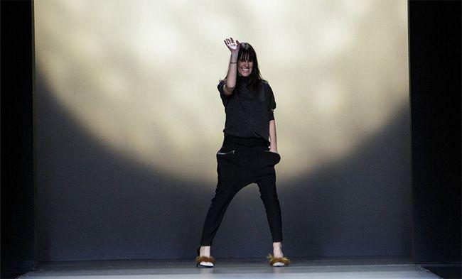 Espanhola Amaya Arzuaga fora da moda