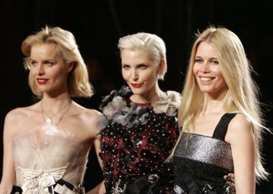 Porque não sorriem os modelos de moda?