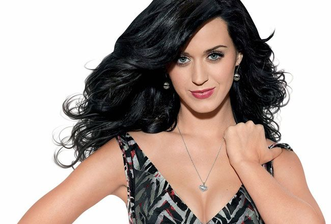 "Katy Perry uma sensual ""Mamã Natal"""