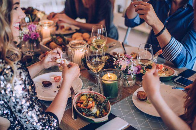 6 conselhos para desintoxicar o corpo depois das festas