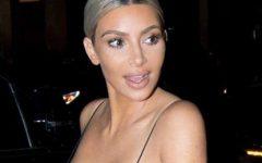 Kim Kardashian de biquíni aos 13 anos