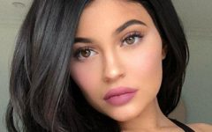 "Kylie Jenner é a mamã mais ""hot"" do mundo"