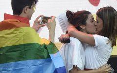 """Este ano, serás a """"it"""" das festas do orgulho LGBT"""