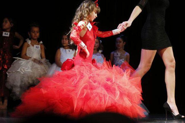 Crianças em concursos de beleza e passarela