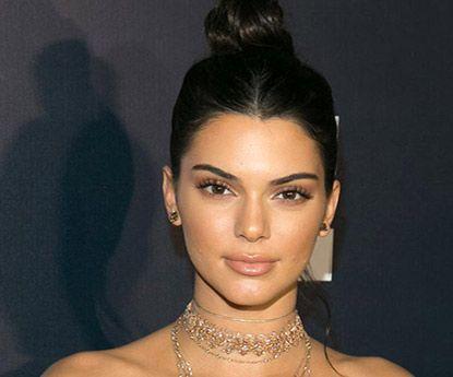 Kendall Jenner surpreende com a sua beleza natural