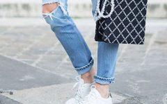 10 maneiras de usar sapatilhas brancas no Verão