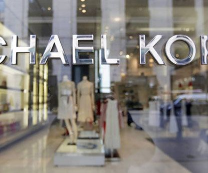 Michael Kors compra Versace por 2,12 biliões de dólares