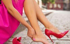 Saltos altos ou o doloroso e prejudicial custo da beleza
