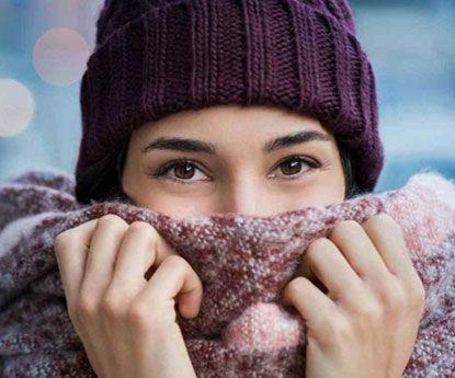 Marca italiana cria lenço em forma de vagina