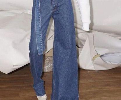 São assimétricos, são jeans e são a nova tendência