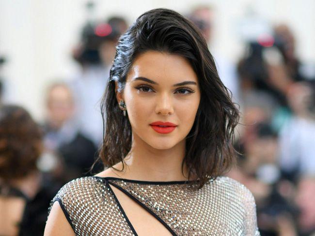 O ousado nu total de Kendall Jenner para a Vogue Italia