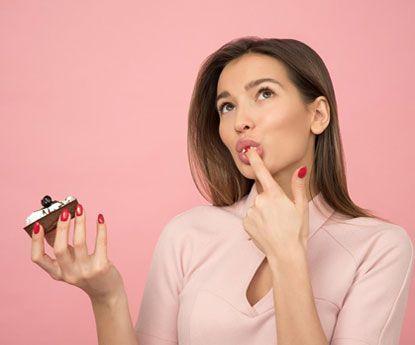 O que comer (e beber) e o que não durante a menstruação