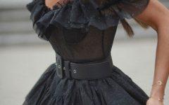 """5 razões porque o mini vestido preto é um """"must"""""""