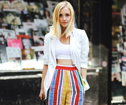 Os crop tops tornaram-se a peça favorita das it girls
