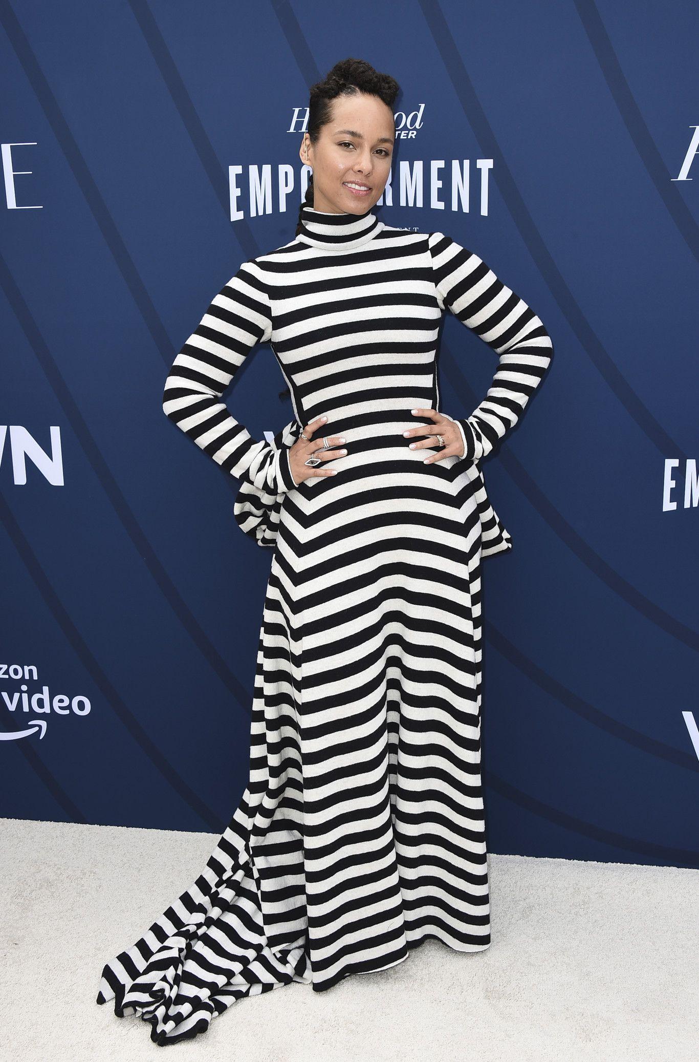 Selena Gómez estrela da Empowerment in Entertainment Gala