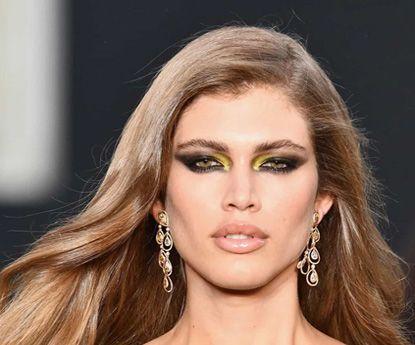 Valentina Sampaio, o primeiro modelo transgênero de Victoria's Secret
