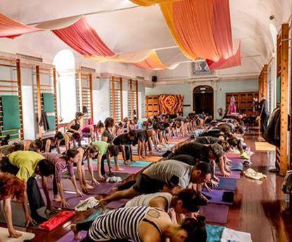 Curso de professor de Yoga inicia em Lisboa e Porto