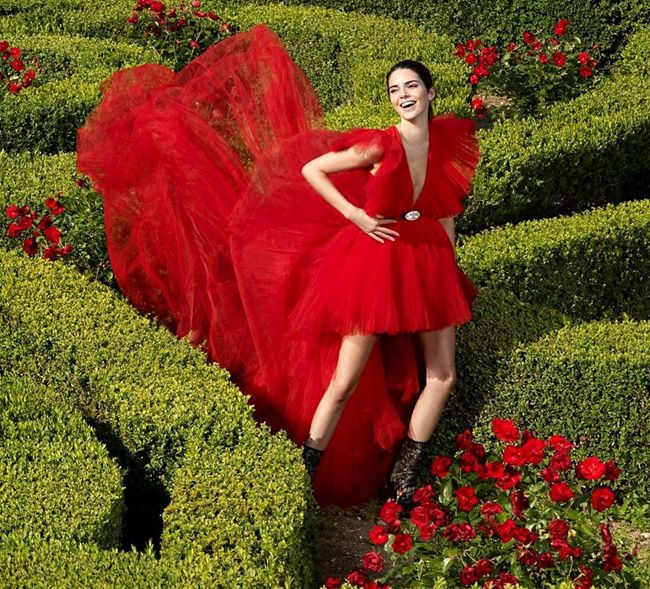 Kendall Jenner na campanha de Giambattista Valli x H&M