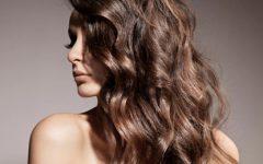 Seis truques para dar mais volume aos cabelos finos