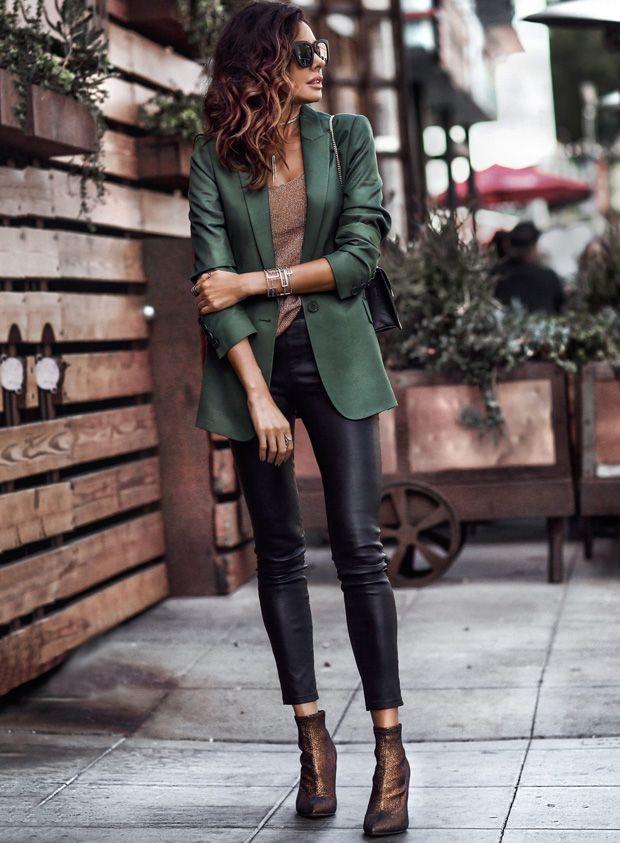 Guia para combinar calças de couro de forma perfeita