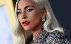 As unhas quilométricas de Lady Gaga