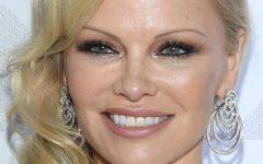 Casamento fugaz de Pamela Anderson com Jon Peters