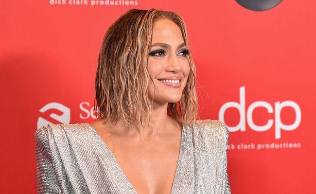 O melhor do red carpet dos American Music Awards 2020