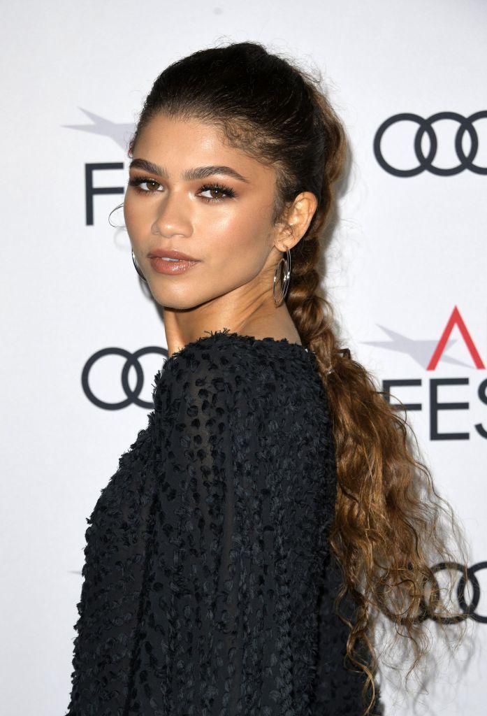 Os melhores e deslumbrantes penteados de Zendaya